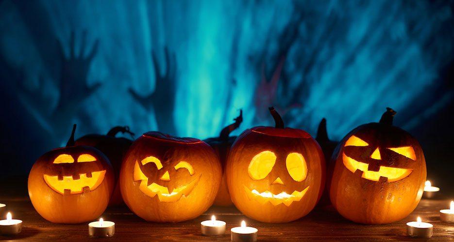 """Trick or Treat: Diese Versicherungen schützen an Halloween vor """"Saurem""""!"""