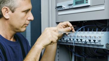 Elektroinstallateure: Zwischen Sicherung und Absicherung